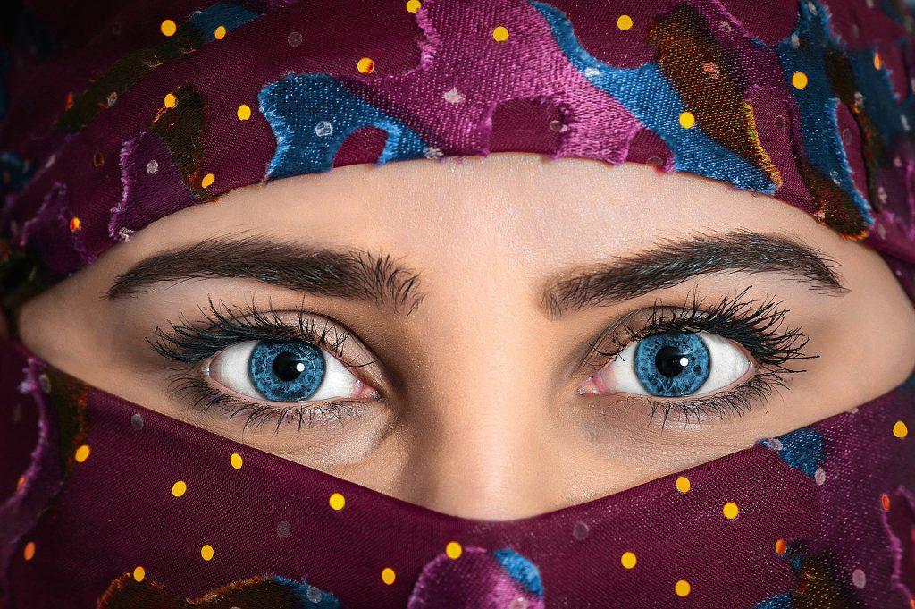 そっくりに似せるための人物画デッサンの眼の描き方とは?